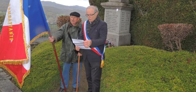 Le 11 novembre a été commémoré  au monument au mort de Montmorin.